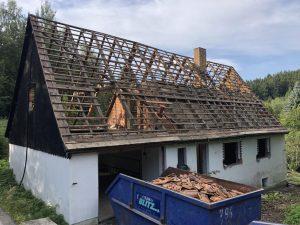 Haus_Dach_bei_Abriss